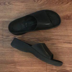 Tatami Birkenstock slides sandals size 40